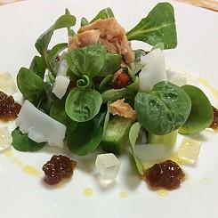塩丸イカと寒天のサラダ